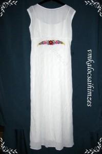 R.T. Ági fehér ruha