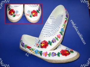 Renáta R. kalocsai balerina cipő