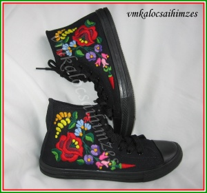 V.R. fekete kalocsai cipő