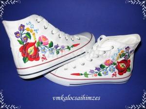 G. Ági kalocsai cipő