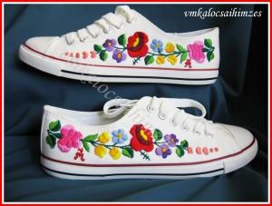 R. Diána kalocsai cipő