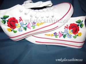 R.Gy.Renáta kalocsai cipő