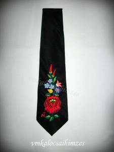 K. C. I. kalocsai nyakkendő