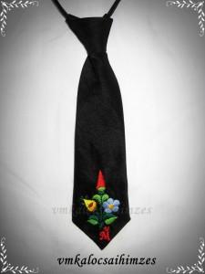 Szebasztián kalocsai nyakkendő